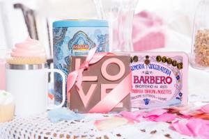 Thé, chocolat et nougat disponible aux Saveurs folles Tasse blanche disponible chez Le Bleu 2935
